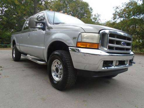 2001 FORD F250 PLATINUM SUPER DUTY RUNS DRIVES GREAT SUPER CLEAN for sale in Lake Worth, TX