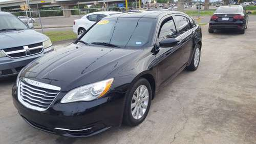 2013 Chrysler 200 for sale in Brownsville, TX
