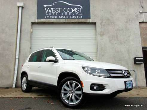 2012 Volkswagen Tiguan SE Clean CarFax, Navi, Heated Seats, Pano Roof for sale in Portland, OR