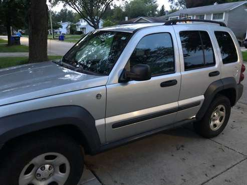 Jeep Liberty 2006 4x4 Low Miles for sale in Wheaton, IL