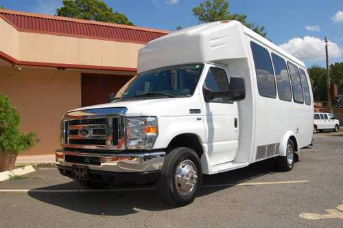 VERY NICE 15 PERSON MINI BUS....UNIT# 5648T for sale in Charlotte, NC