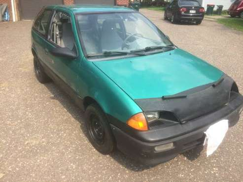 1994 Geo Metro 3/5spd 133k and 40+ MPG - Electric Sunroof for sale in Lakeland, MN