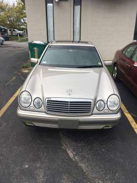 Clean & luxurious, Mercedes Benz e420 for sale in WEBSTER, NY