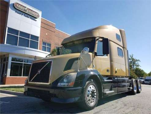 2012 Volvo VNL64T780 for sale in Colfax, NC
