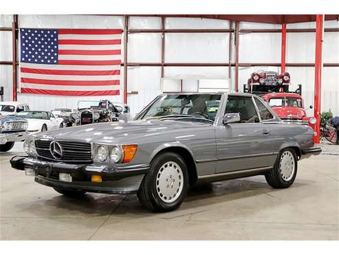 1989 Mercedes-Benz 560SL for sale in Kentwood, MI