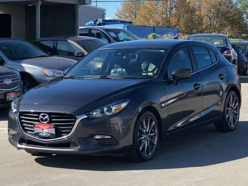 2018 MAZDA3. ONLY 21K MILES.LEATHER. CLEAN TITLE. FINANCING AVAILABLE. for sale in Omaha, NE