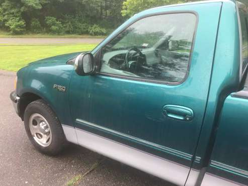 1998 FORD F150 XLT (2wd) for sale in Groton, MA
