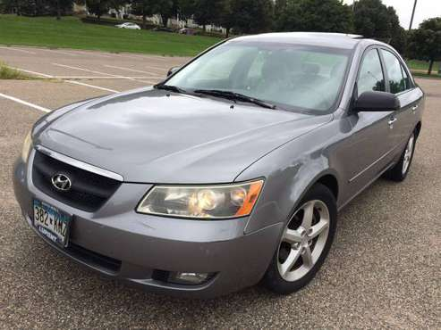 06 Hyundai Sonata V6 209k Miles! Fully loaded! Clean title! Runs good! for sale in Saint Paul, MN