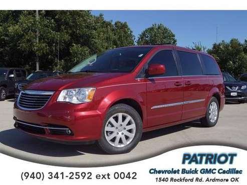 2016 Chrysler Town & Country Touring - mini-van for sale in Ardmore, OK