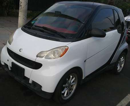 2009 SMART CAR FOR-TWO PASSION! RUNS GREAT! 75 GAS MPG! for sale in Marina Del Rey, CA