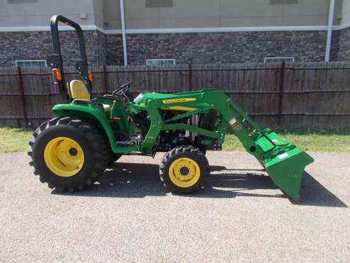 John Deere 3032E 2016 4x4 Diesel TRADE? CASH for sale in Corpus Christi, TX