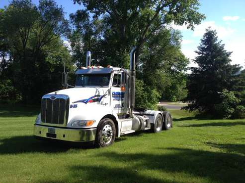 2008 Peterbilt 384 for sale in Nelson, WI