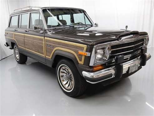 1987 Jeep Grand Wagoneer for sale in Christiansburg, VA