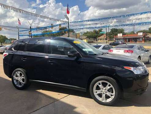 2014 MITSUBISHI OUTLANDER-QUICK.EASY.APPROVALS 100%!! COME NOW!! for sale in Fort Worth, TX
