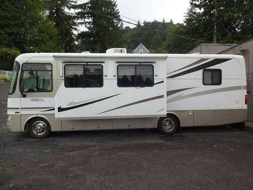 2004 Holiday Rambler Admiral SE Series M-30PDD Workhorse for sale in Rainier, OR