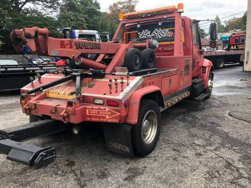 Tow truck for sale in Huntington, NY