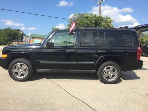 2006 JEEP COMMANDER! 3rd ROW SEATS! 4x4...No credit needed!! for sale in Fayetteville, AR