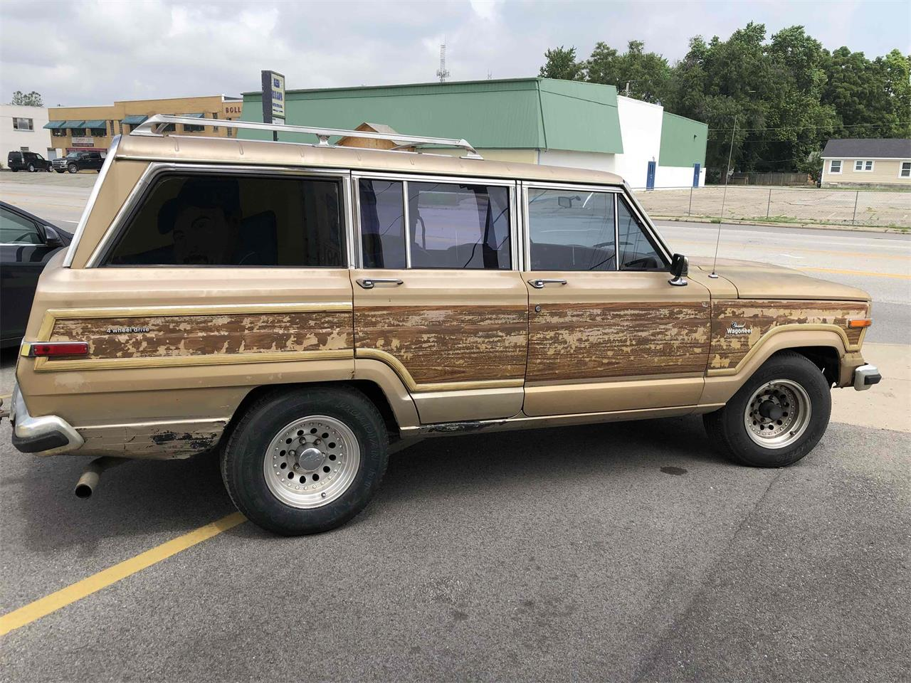 1984 Jeep Grand Wagoneer for sale in Indianapolis, IN