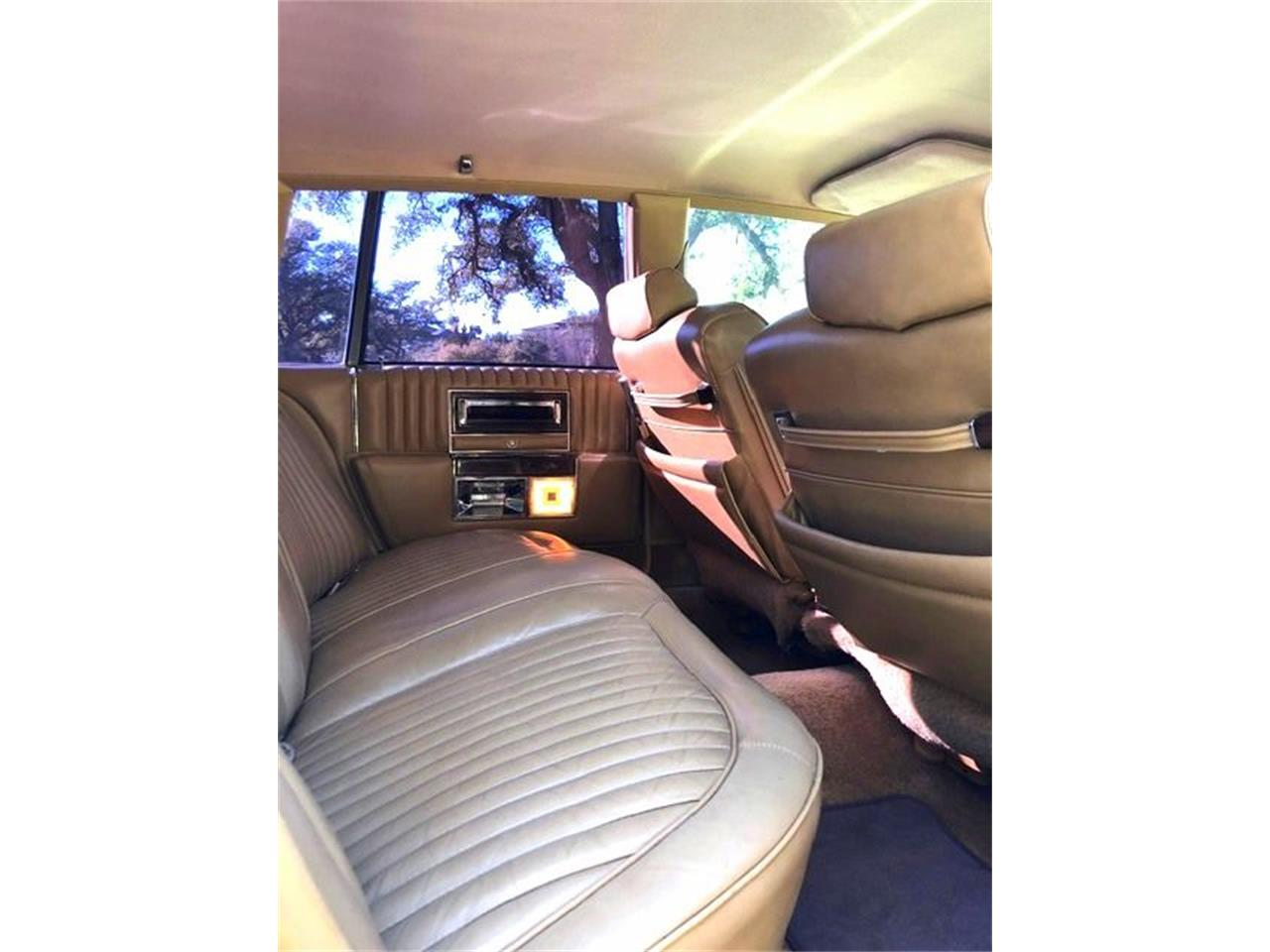 1987 Cadillac Fleetwood Brougham for sale in Stratford, NJ – photo 17