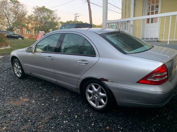 Mercedes Benz C240 4-door 150k miles for sale in Silver Spring, District Of Columbia – photo 3