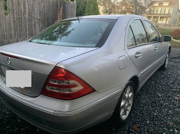 Mercedes Benz C240 4-door 150k miles for sale in Silver Spring, District Of Columbia – photo 4