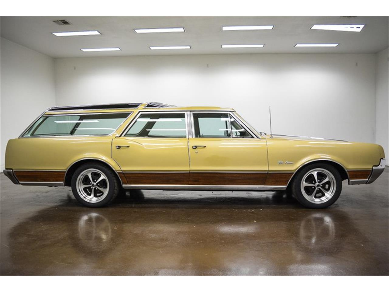 1967 Oldsmobile Vista Cruiser for sale in Sherman, TX – photo 8