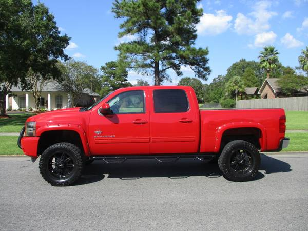 20012 Chevy Silverado 4x4 Black Widow for sale in Baton Rouge , LA