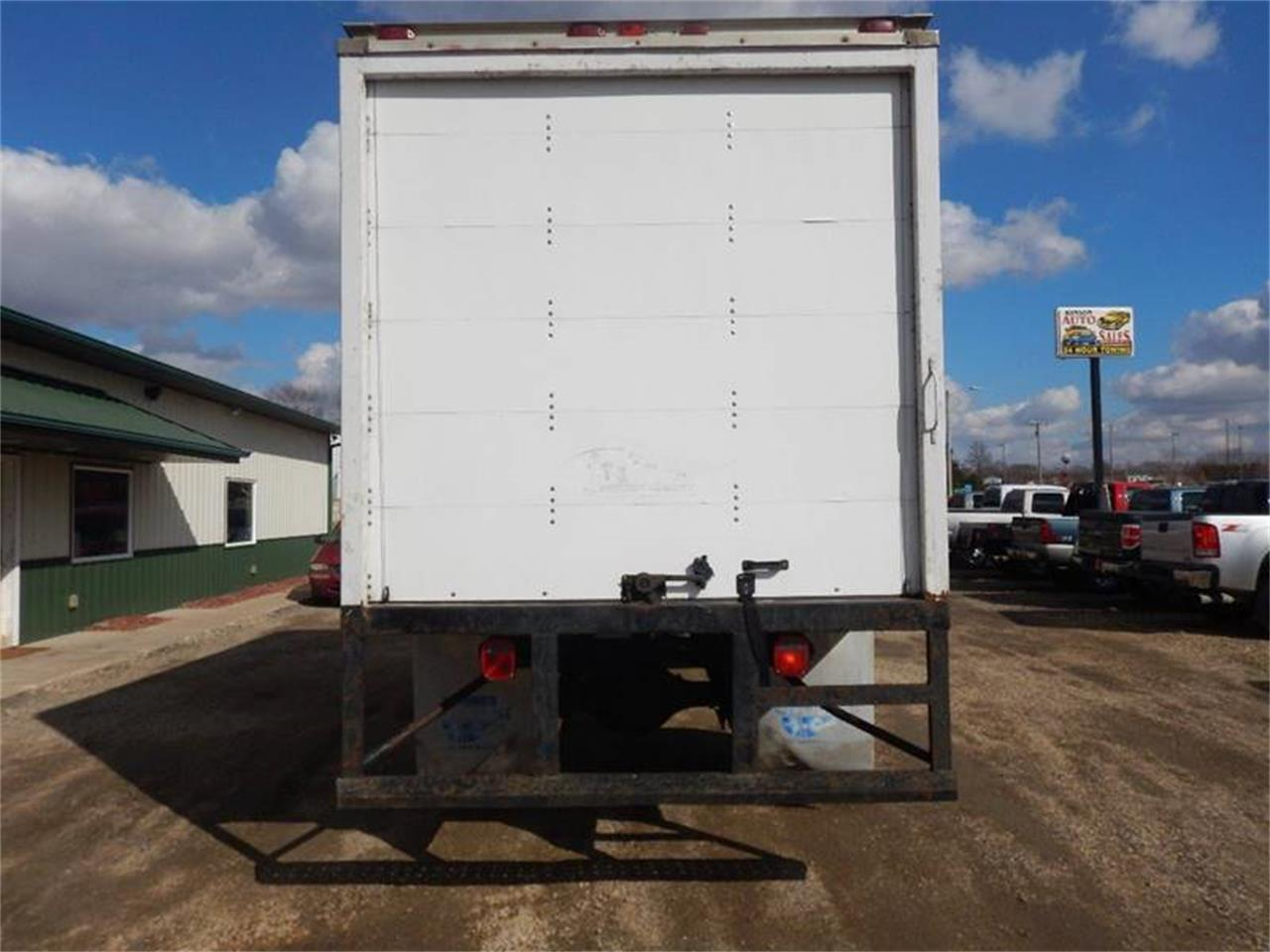 1998 Freightliner FL60 for sale in Clarence, IA – photo 8