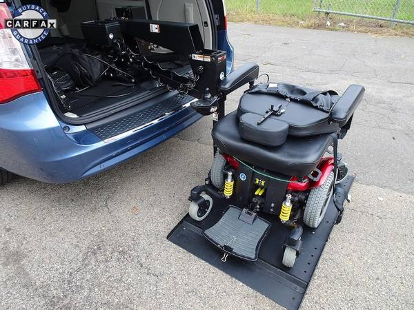 Chrysler Town & Country Limited Wheelchair Vans Handicap ...
