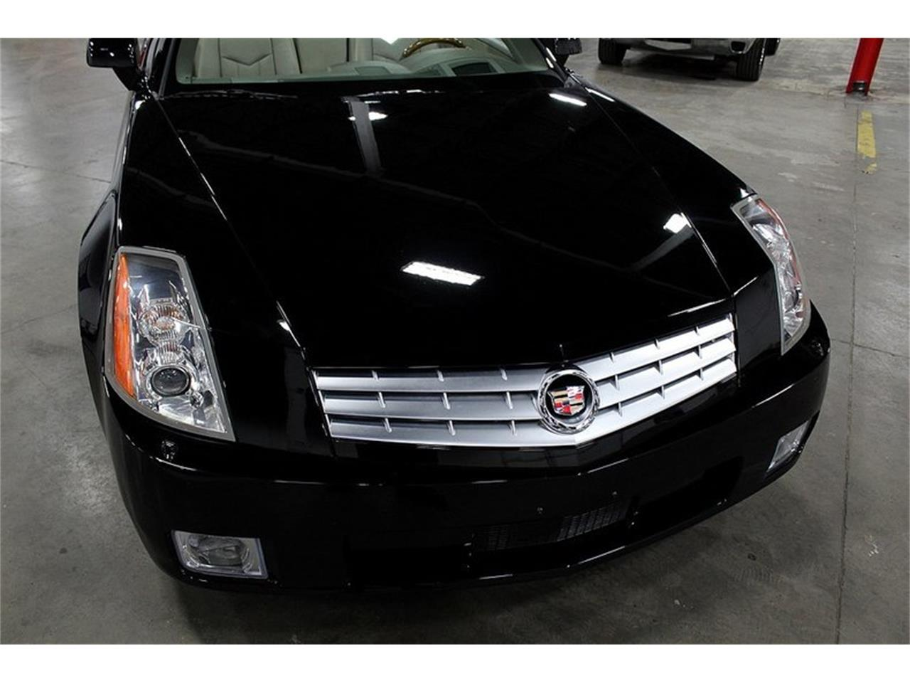 2004 Cadillac XLR for sale in Kentwood, MI – photo 9