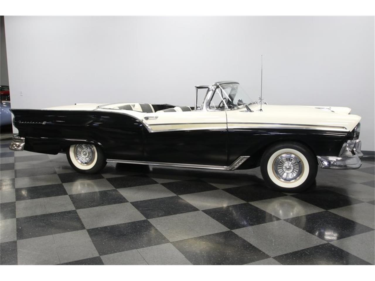 1957 Ford Skyliner for sale in Concord, NC – photo 15