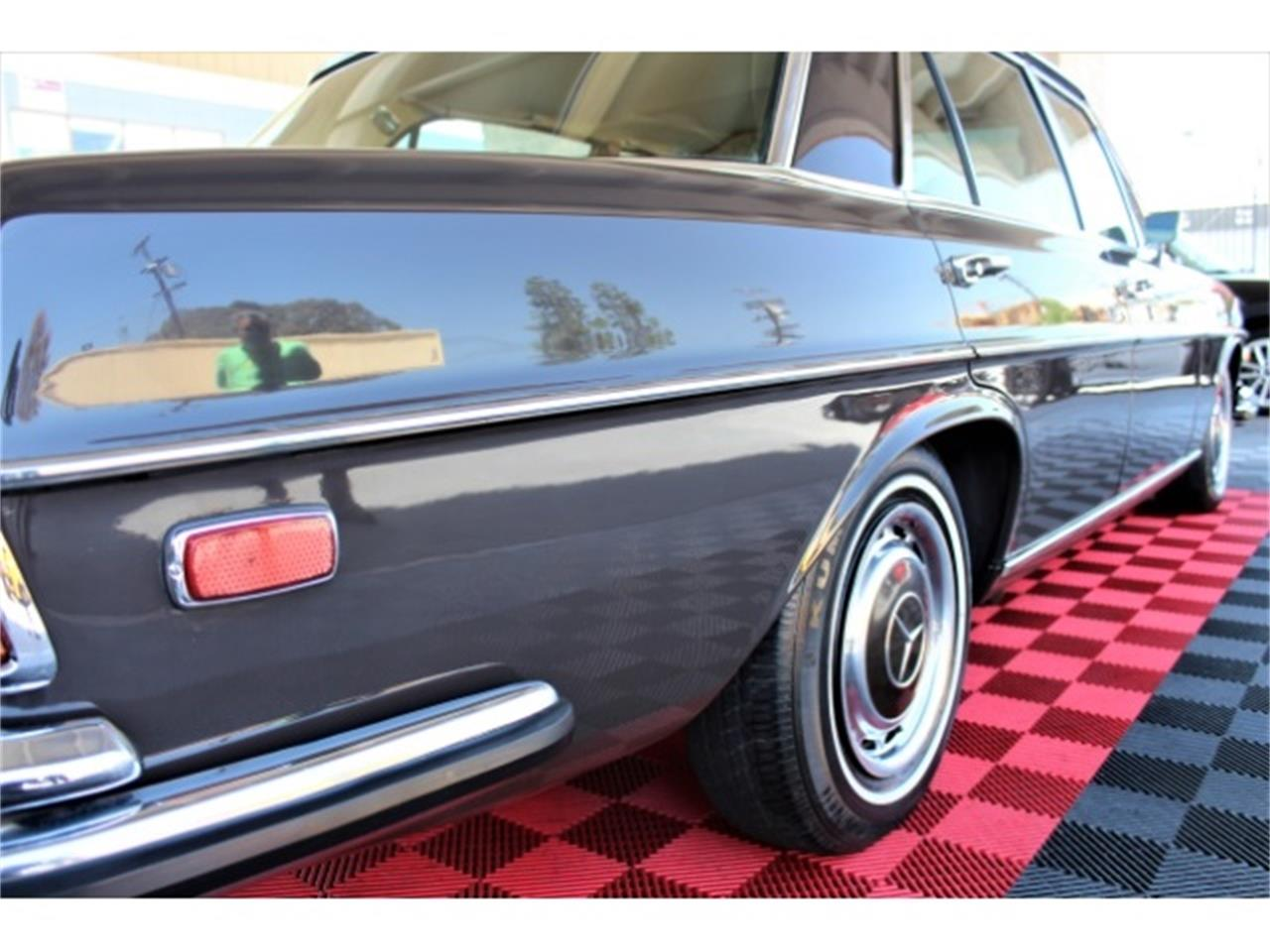 1972 Mercedes-Benz 300SEL for sale in Sherman Oaks, CA – photo 34