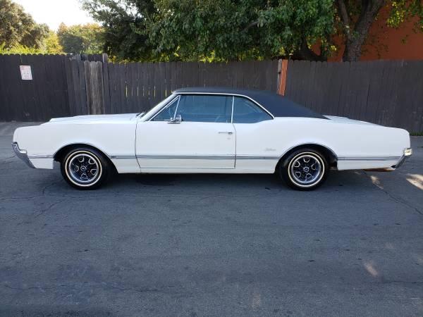 1966 Oldsmobile Cutlass 2 Door Coupe Door Bucket Seats For Sale In Sacramento Ca Classiccarsbay Com
