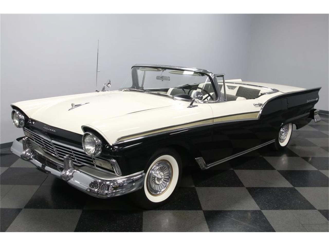1957 Ford Skyliner for sale in Concord, NC – photo 24