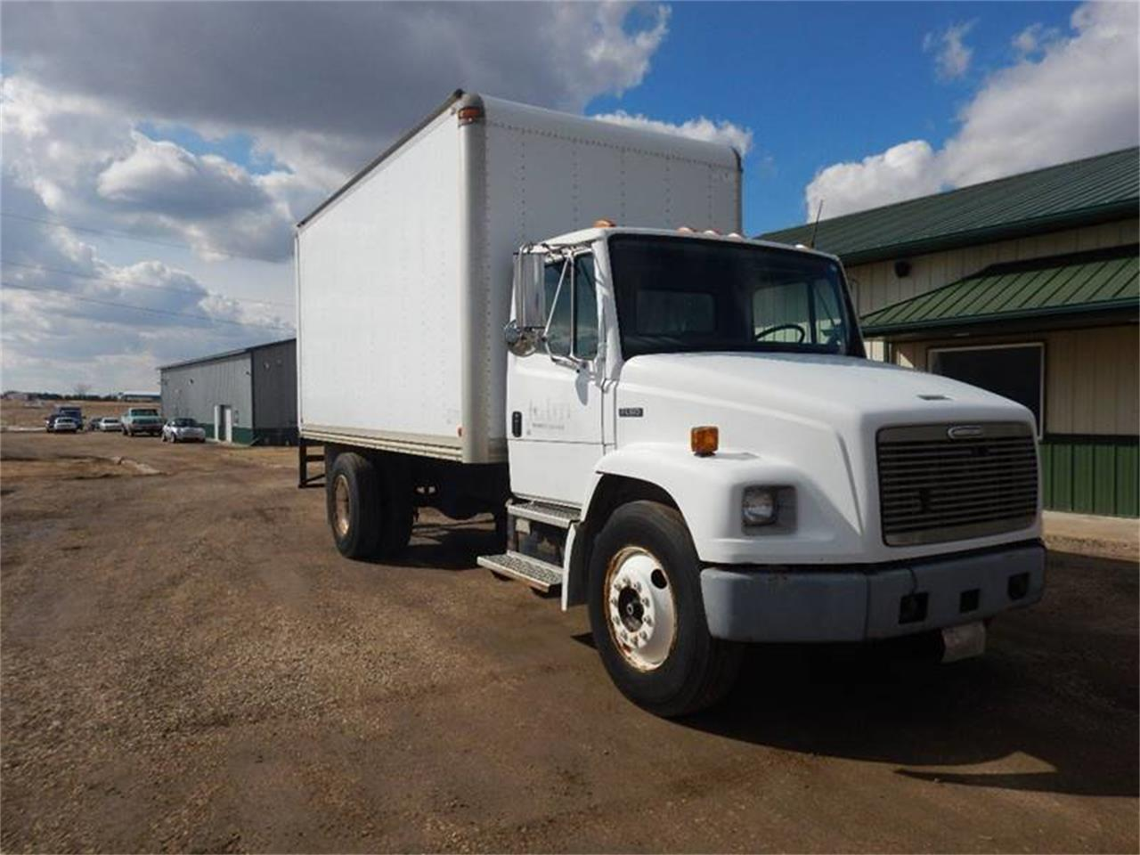 1998 Freightliner FL60 for sale in Clarence, IA – photo 4