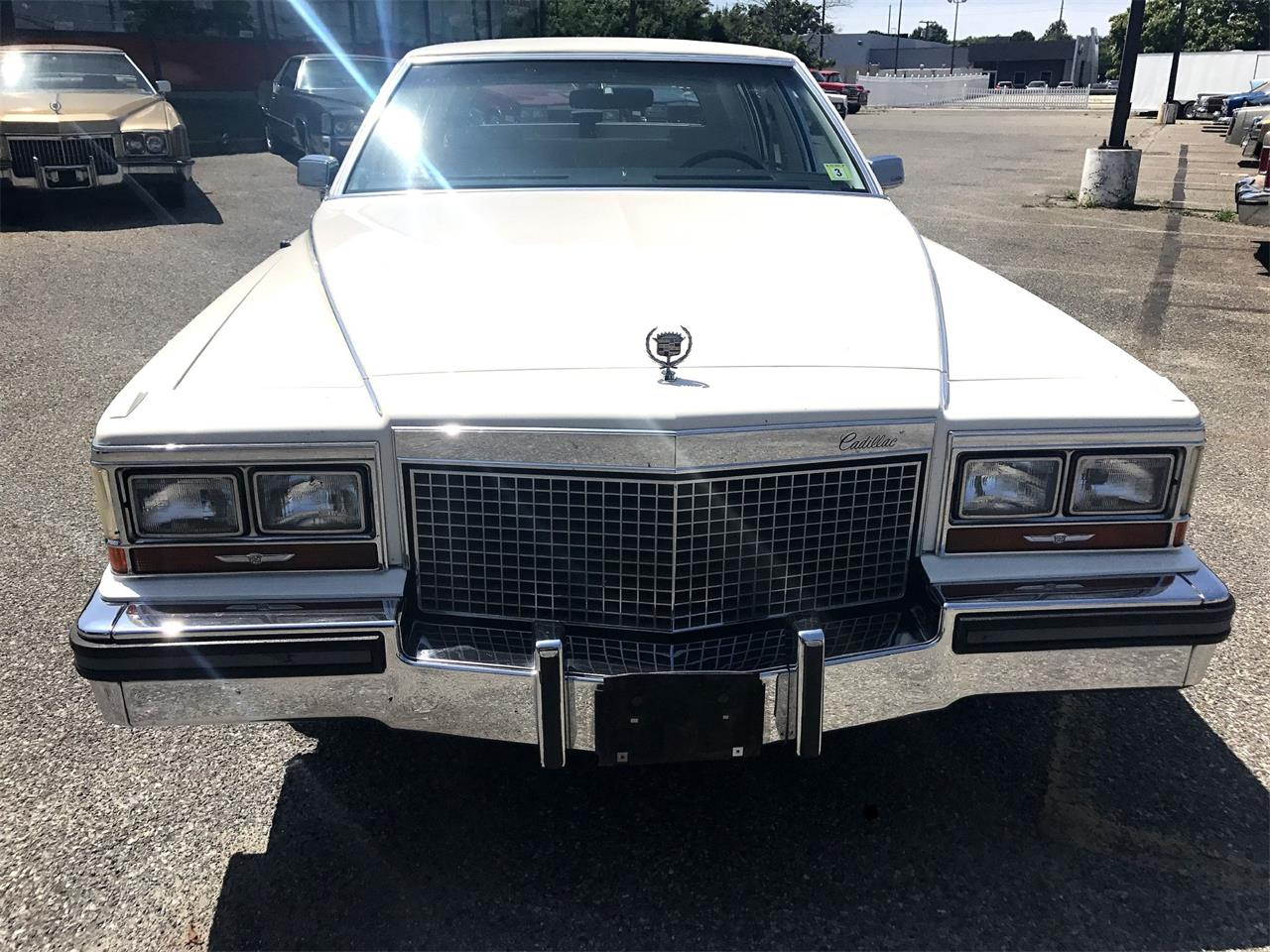 1987 Cadillac Fleetwood Brougham for sale in Stratford, NJ – photo 2