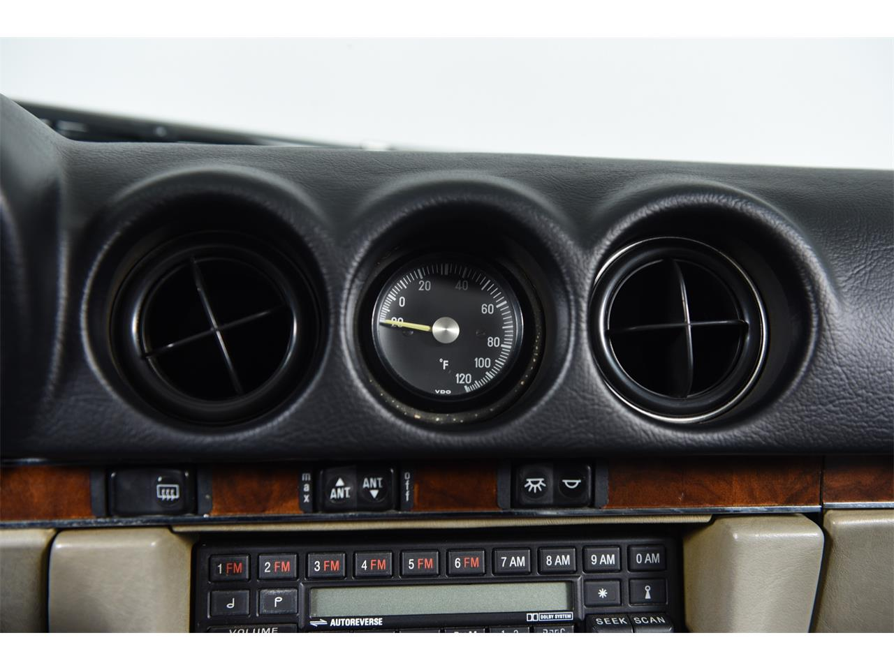 1988 Mercedes-Benz 560 for sale in Farmingdale, NY – photo 32