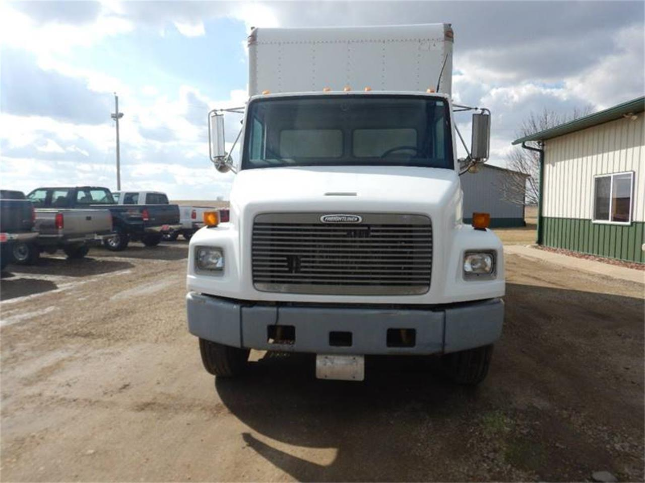 1998 Freightliner FL60 for sale in Clarence, IA – photo 3