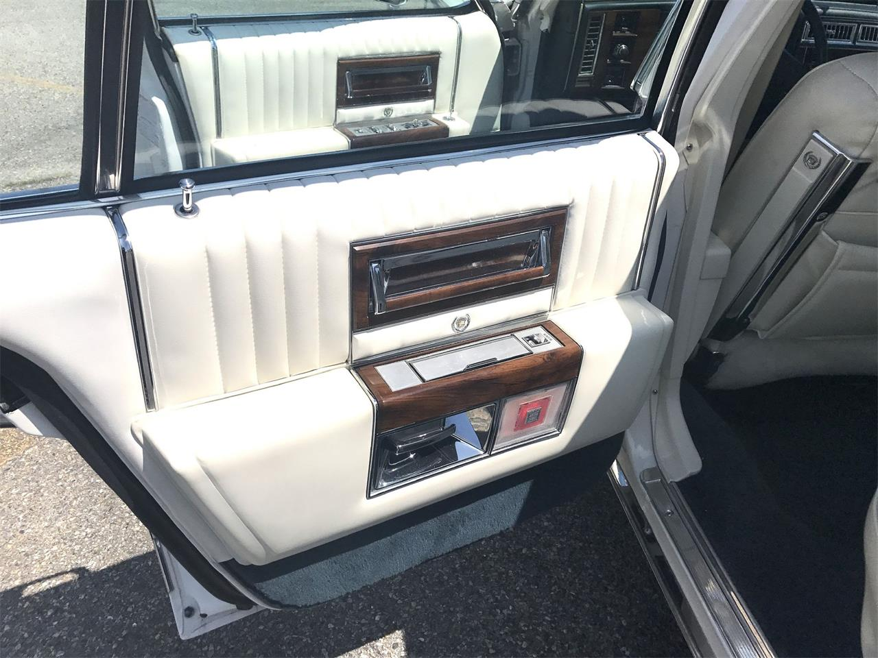 1987 Cadillac Fleetwood Brougham for sale in Stratford, NJ – photo 20
