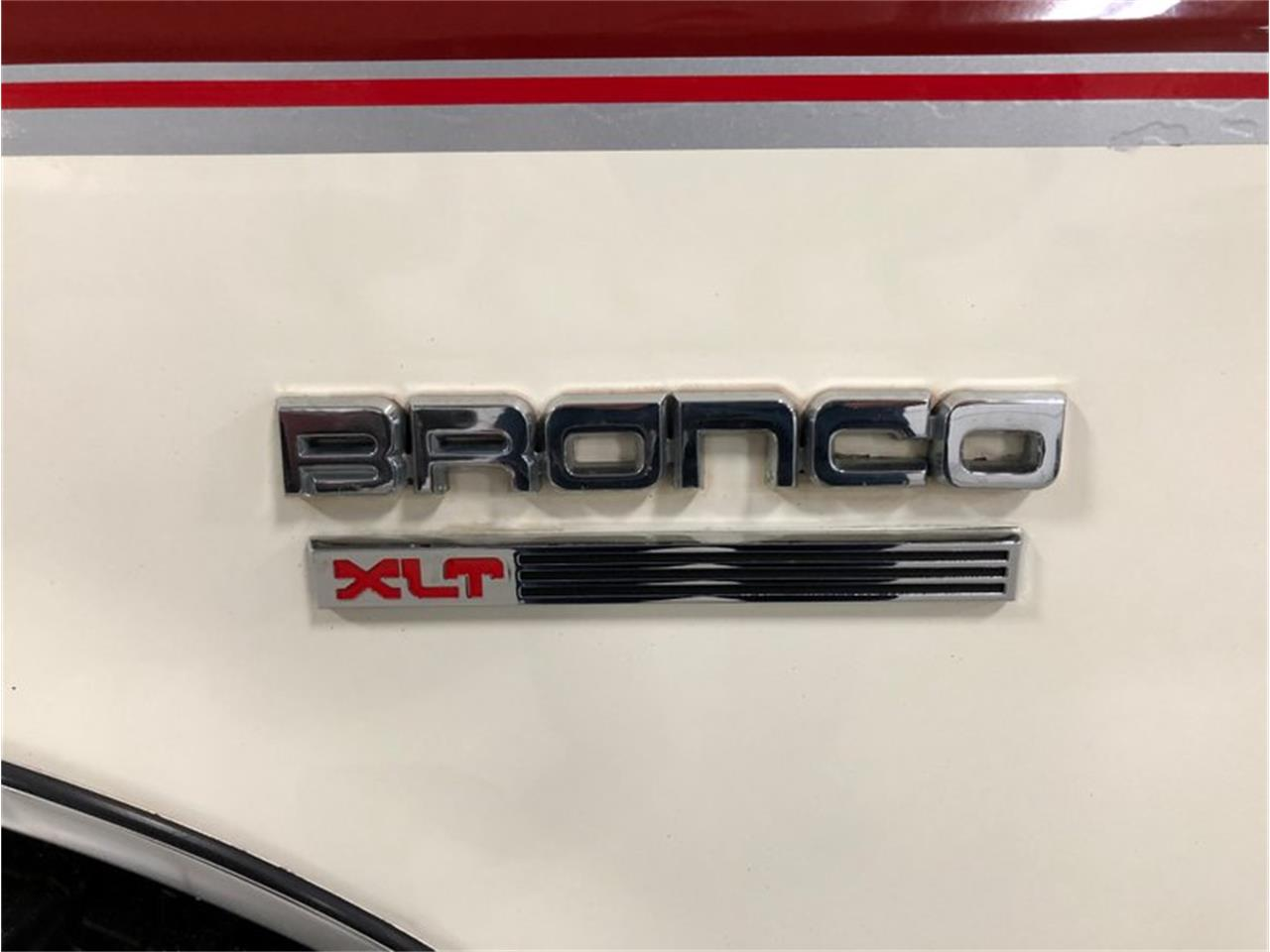 1987 Ford Bronco for sale in Holland , MI – photo 13