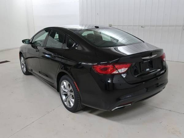 2015 Chrysler 200 S Heated Leather No Accidents Warranty For Sale In Hastings Mi Classiccarsbay Com