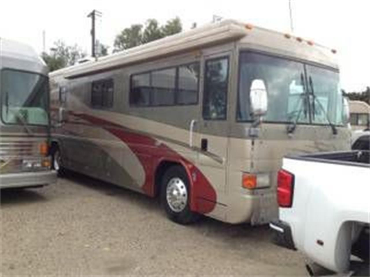 2002 Country Coach Intrigue for sale in Cadillac, MI – photo 6