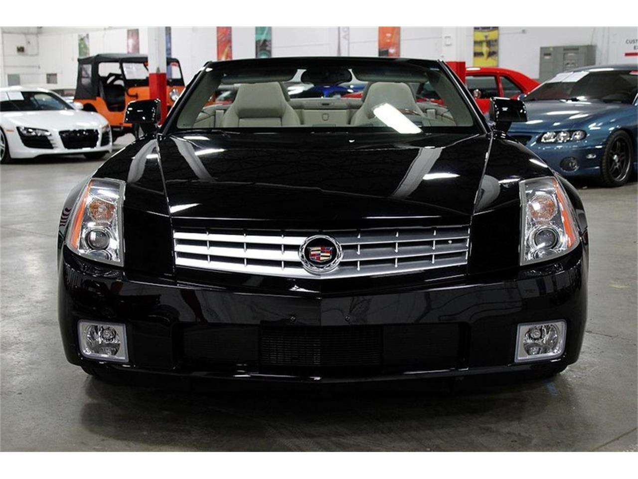 2004 Cadillac XLR for sale in Kentwood, MI – photo 8