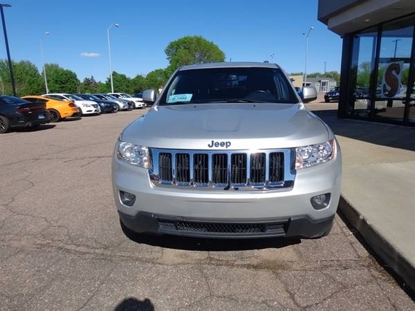 2011 Jeep Grand Cherokee Laredo for sale in Sioux Falls, SD – photo 8