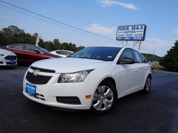 2014 Chevrolet Cruze One Owner Immaculate Condition for sale in Rustburg, VA – photo 2
