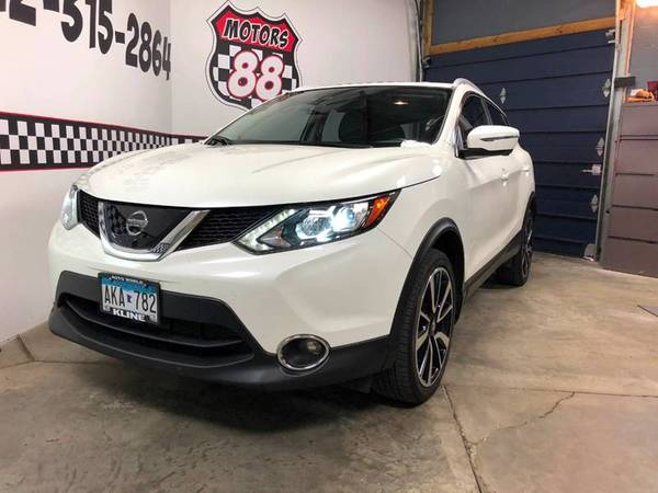2017 Nissan Rogue Sport *Financing Available* for sale in Saint Paul, WI – photo 2