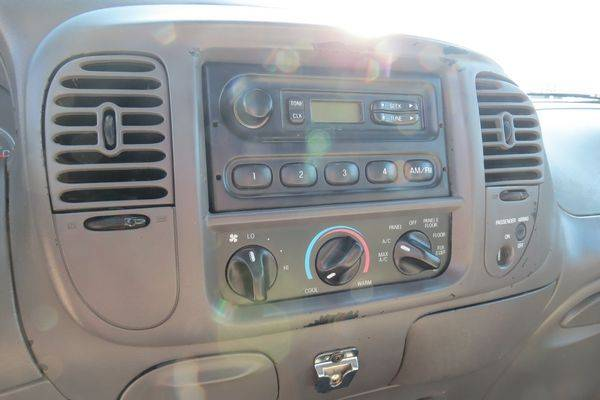 2001 Ford F150 XL Extended Cab 4x4 for sale in Monroe, LA – photo 9