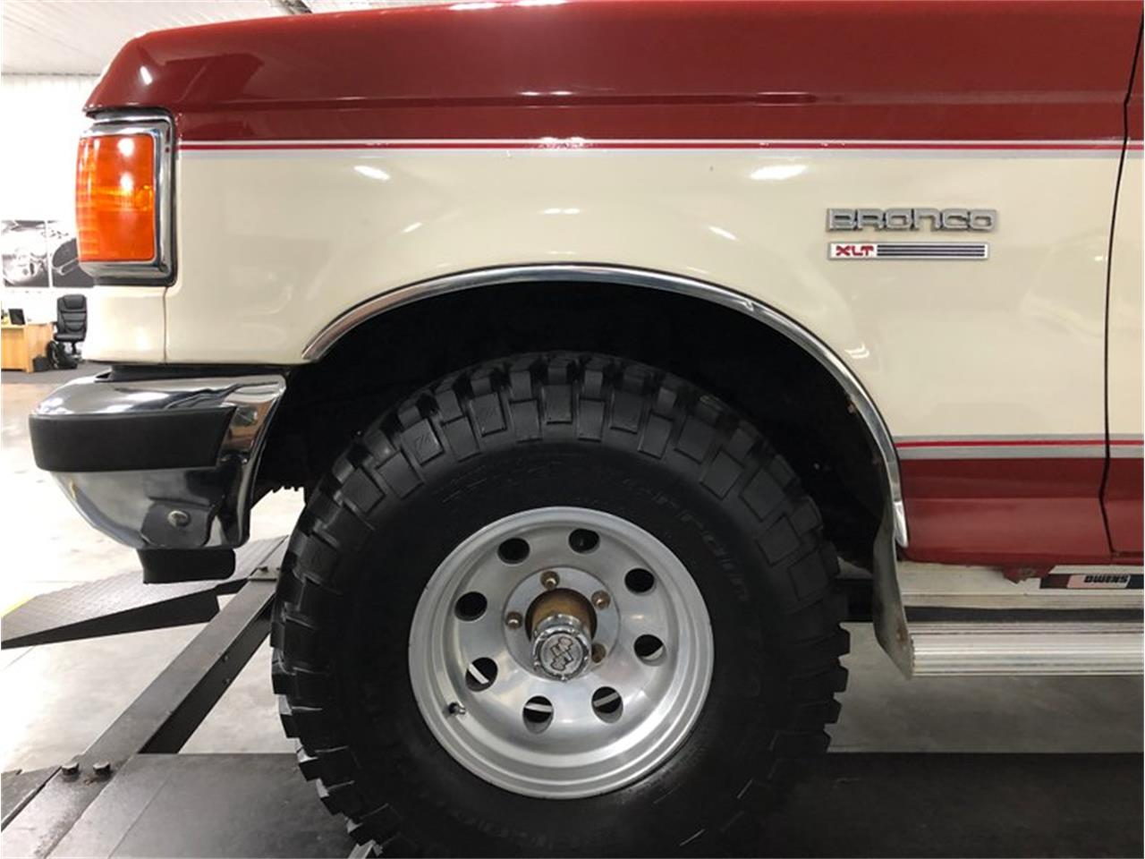 1987 Ford Bronco for sale in Holland , MI – photo 46
