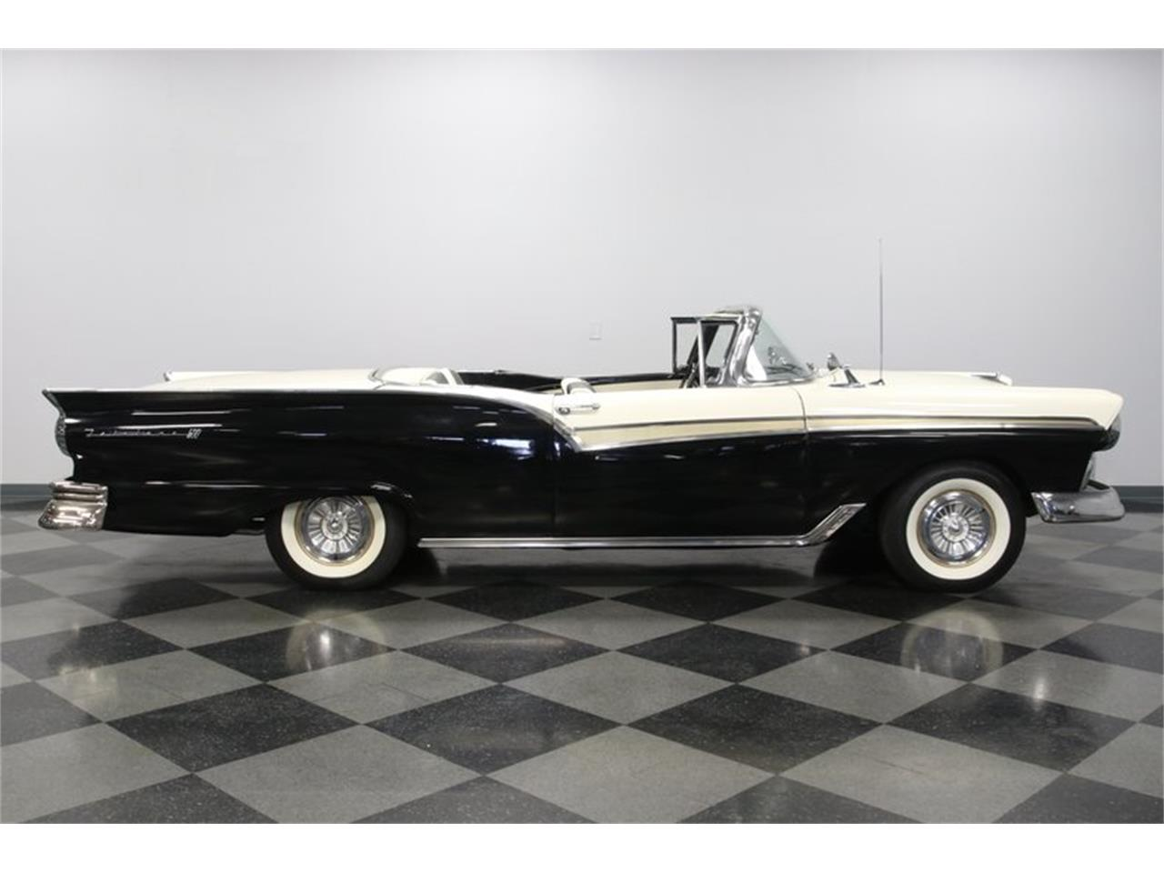 1957 Ford Skyliner for sale in Concord, NC – photo 14