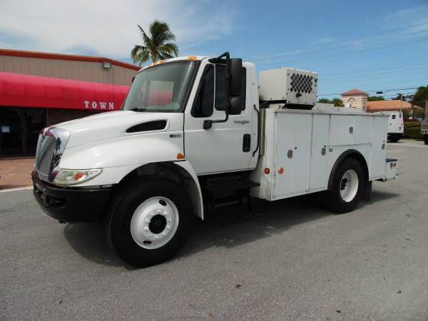 International Tool Utility body *CRANE Truck* MECHANIC SERVICE TRUCK for sale in West Palm Beach, FL – photo 4